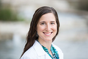 Dr. Sara Stuart, DO. Cibolo Family Medicine Doctor, Physician, Osteopathic Doctor, Boerne, Direct Primary Care Functional Medicine, Concierge